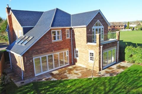5 bedroom detached house for sale - I spy on the River Wye