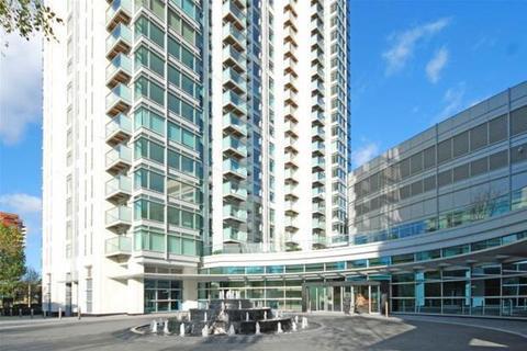 3 bedroom flat to rent - Pan Peninsula West, South Quays, South Quay, Canary Wharf, London, E14 9HL