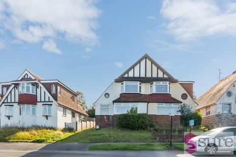 5 bedroom semi-detached house to rent - Bevendean Crescent, Brighton