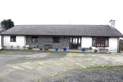 4 bedroom property with land for sale - Beulah, Newcastle Emlyn