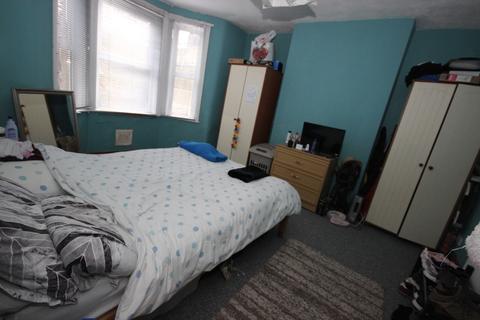 1 bedroom ground floor flat to rent - Livingstone Road, Bath