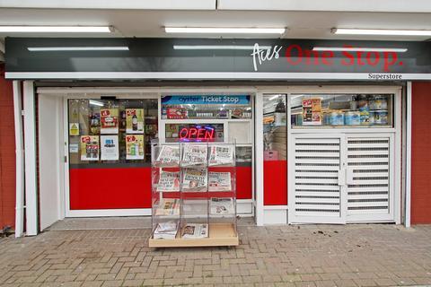 Shop to rent - Felixstowe Road, Abbeywood, SE2
