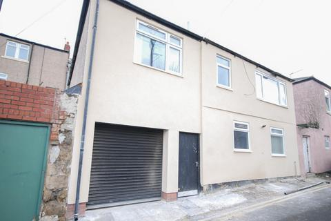 4 bedroom detached house for sale - The Mews House, Roker Terrace