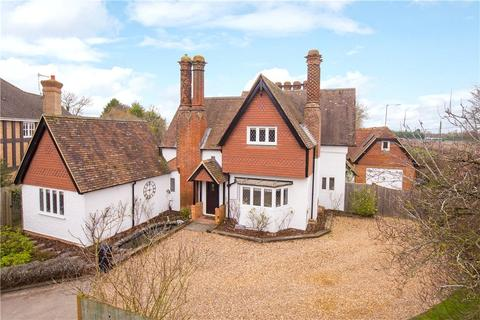 5 bedroom detached house to rent - Aylesbury Road, Aston Clinton, Aylesbury, Buckinghamshire, HP22