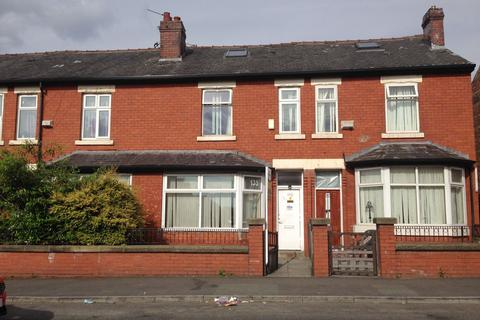 3 bedroom terraced house to rent - Northmoor Road, Manchester, M12