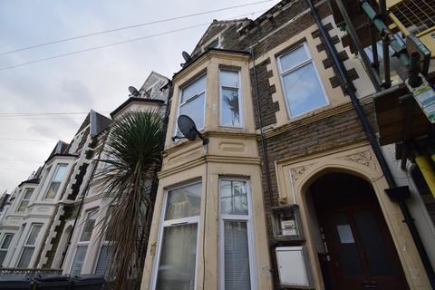 2 bedroom flat to rent - Claude Road (First Floor), Roath, Cardiff