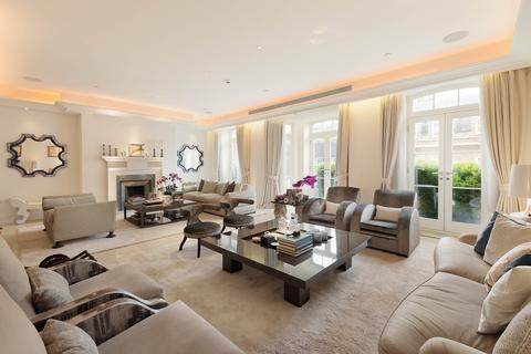 4 bedroom terraced house for sale - Farm Street, Mayfair, London, W1J