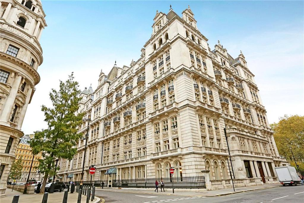 1 Bedroom Flat for sale in Whitehall Court, St James's, London, SW1A