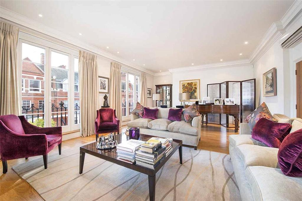 3 Bedrooms Flat for sale in Green Street, Mayfair, London, W1K