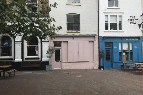 Shop to rent - A1 PREMISES TO BE LET ON NEW LEASE