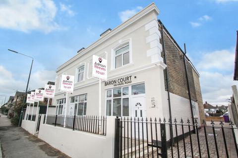 3 bedroom house to rent - Hazel Road, Erith, DA8
