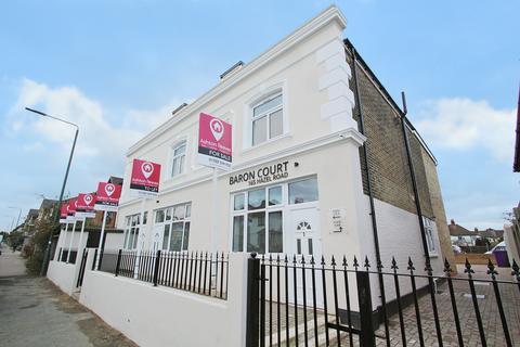 2 bedroom house to rent - Hazel Road, Erith, DA8