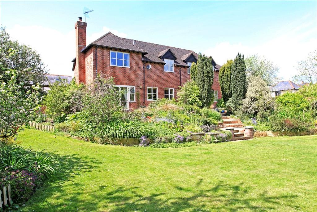 5 Bedrooms Detached House for sale in Upper Clatford, Andover, Hampshire, SP11