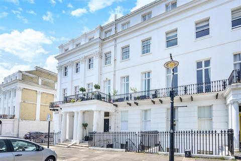2 bedroom flat to rent - Sussex Square, Brighton, East Sussex, BN2 5AA