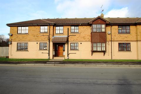 2 bedroom flat for sale - Whiting Court, Cliff Road, Hessle
