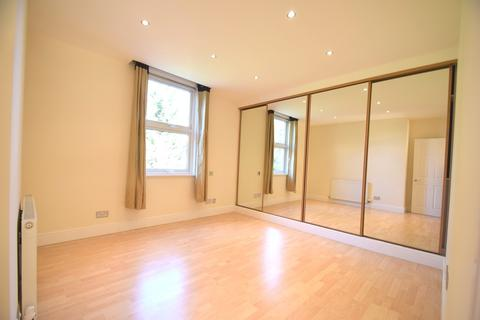 2 bedroom apartment to rent - Hatfield Road, Chiswick