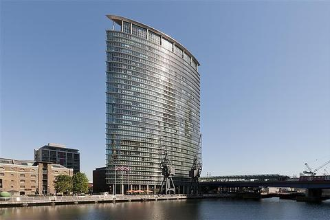 2 bedroom flat to rent - No 1 West India Quay, Hertsmere Road, Nr Canary Wharf, London, E14