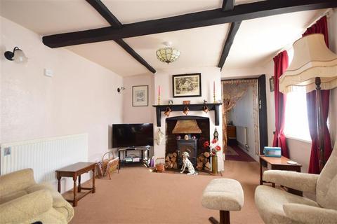 3 bedroom detached house for sale - Cannon Street, Lydd, Romney Marsh, Kent