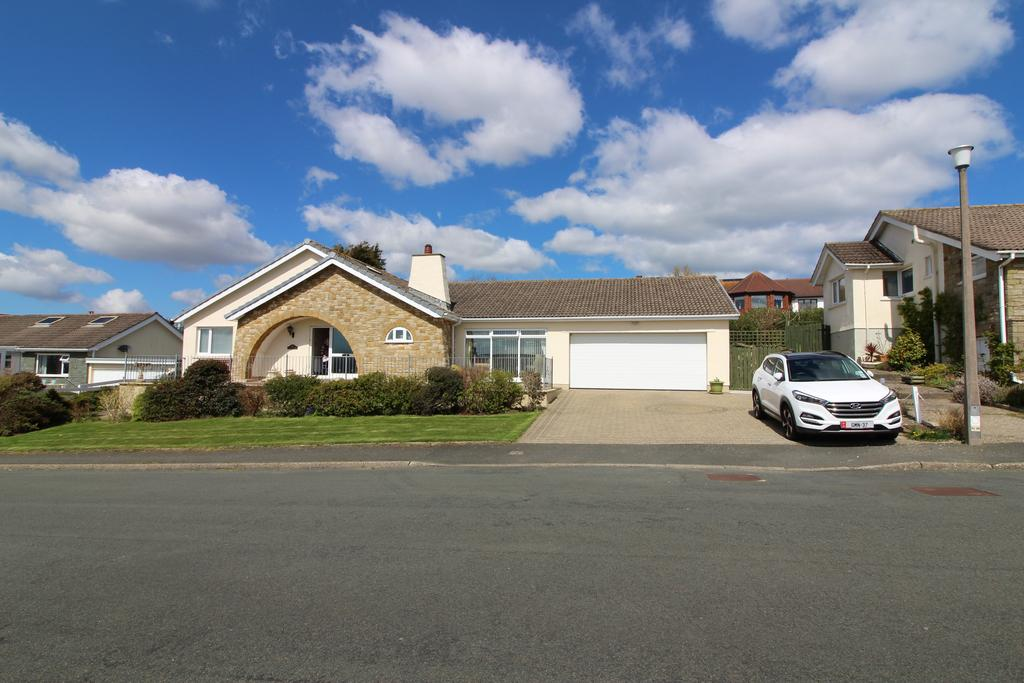 Ashkelon Howe Road, Onchan, Im3 2az, Isle of Man, IM3 4 bed