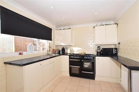 2 bedroom semi-detached house for sale - Cranbrook Close, Maidstone, Kent