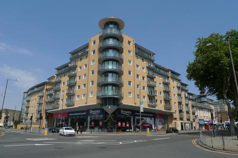 2 bedroom flat to rent - Berberis House, Feltham, TW13