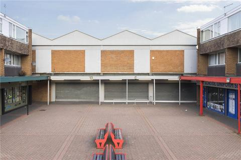 Retail property (high street) to rent - Green Road, Leeds, West Yorkshire