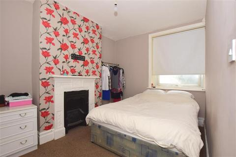 2 bedroom flat for sale - Harold Road, Cliftonville, Margate, Kent