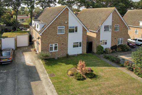 5 bedroom detached house for sale - Selwyn Drive, Broadstairs, CT10