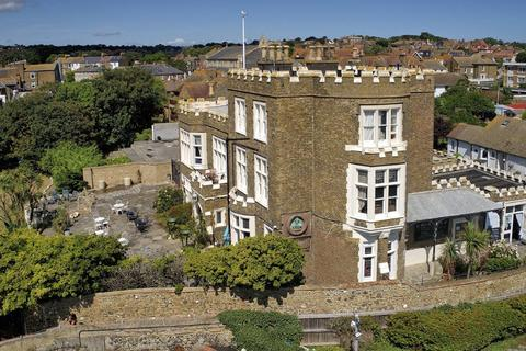 7 bedroom detached house for sale - Fort Road, Broadstairs, CT10