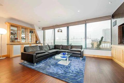 2 bedroom flat to rent - Bolton Street, Mayfair, London, W1J