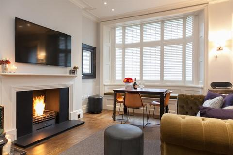 1 bedroom flat to rent - North Audley Street, Mayfair, London, W1K