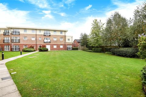 2 bedroom apartment for sale - Connaught Heights, Uxbridge Road, Hillingdon, Middlesex, UB10