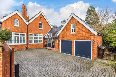 5 bedroom house for sale - Reigate Hill, Reigate, Surrey, RH2