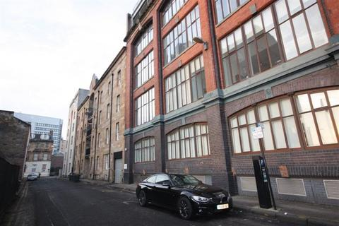 3 bedroom flat to rent - Flat 2/1, 60 Fox Street
