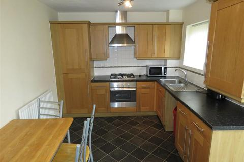 3 bedroom townhouse to rent - 37 Kenninghall View Norfolk Park Sheffield