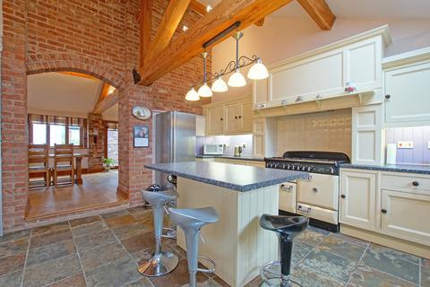 4 bedroom barn conversion for sale - Lea End Lane, Alvechurch, B48 7AX