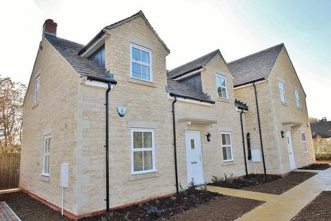 3 bedroom semi-detached house for sale - FULBROOK, NR BURFORD, Carpenters Place OX18 4BH