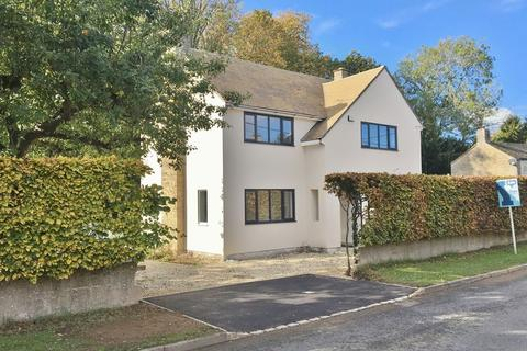 4 bedroom detached house for sale - BAMPTON, Khandou, Buckland Road OX18 2AA