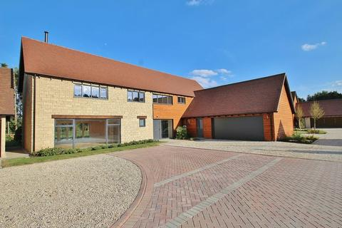 5 bedroom detached house for sale - PARK FARM PLACE, NORTHMOOR, NEAR STANDLAKE.