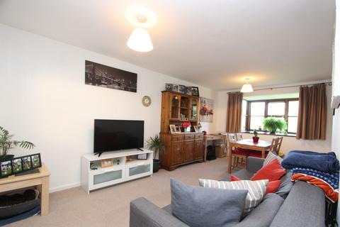 2 bedroom apartment to rent - Chiltern Court, Pages Hill, Muswell Hill