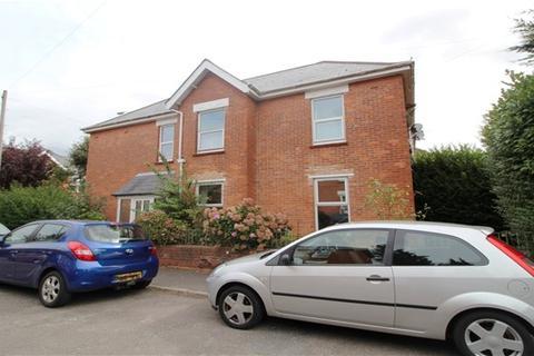 5 bedroom detached house to rent - Bonham Road, Winton, Bournemouth