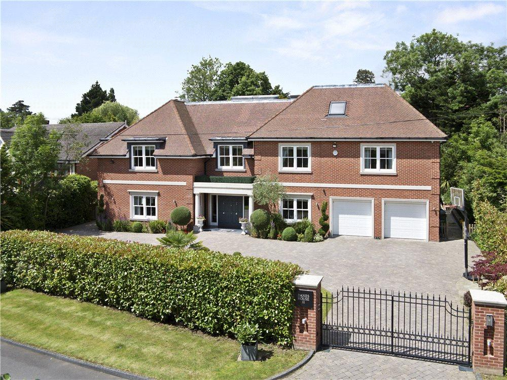 7 Bedrooms Detached House for sale in Danes Way, Oxshott, Surrey, KT22