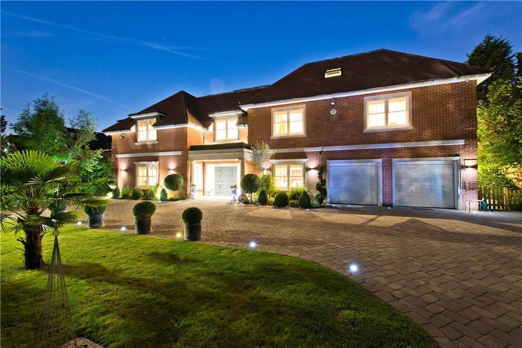 7 Bedrooms Detached House for sale in Danes Way, Oxshott, Surrey, KT22