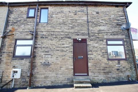 2 bedroom flat to rent - Bradford Road, Pudsey, Leeds, LS28 8ED