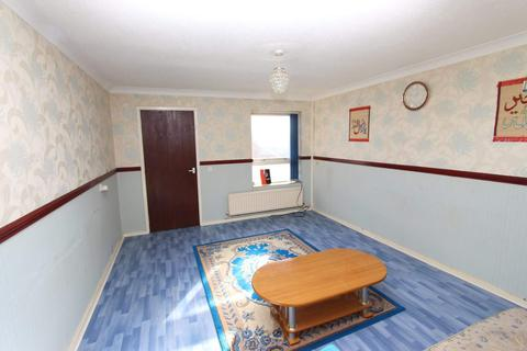 2 bedroom terraced house for sale - South Court , Rochdale center , Rochdale
