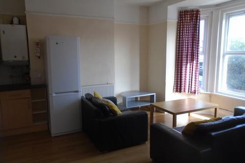 5 bedroom flat to rent - Landguard Road , Southampton SO15