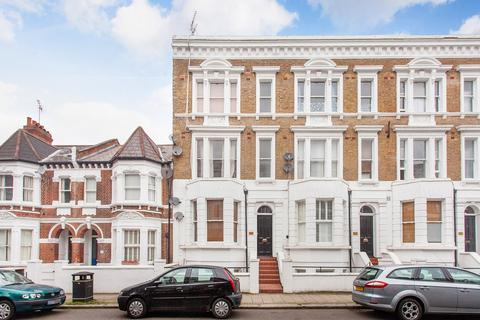 Studio to rent - Lakeside Road, West Kensington, W14