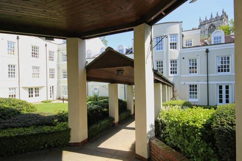 2 bedroom flat for sale - St Mary's Manor, North Bar Within, Beverley