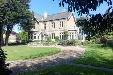9 bedroom detached house for sale - Westgate, Hornsea
