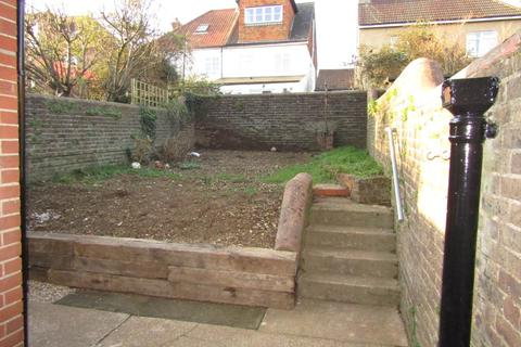 2 bedroom house to rent - Compton Road , Brighton , East Sussex